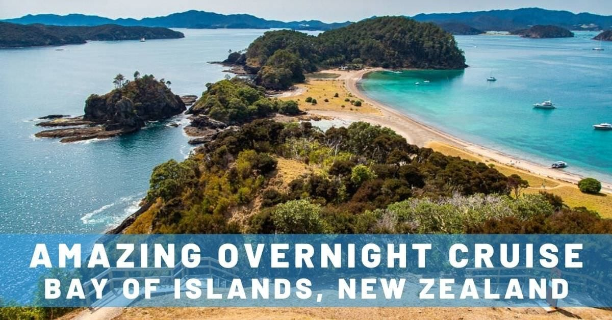 The Rock Overnight Cruise in Bay of Islands