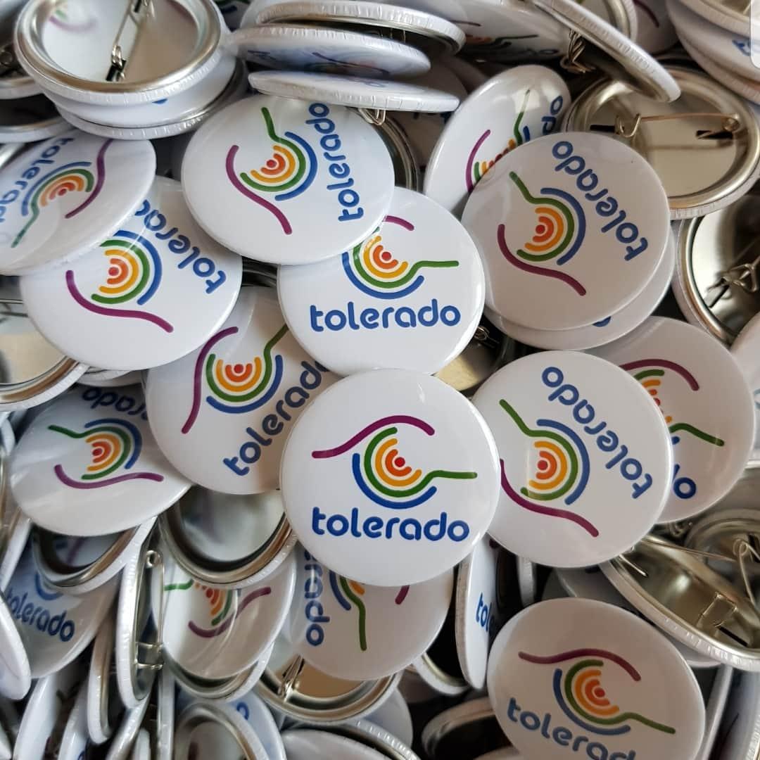 Przypinki tęczowe tolerado marsz równości rainbow gay