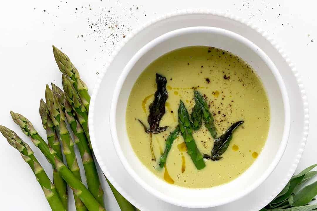Green Asparagus Soup with Sage