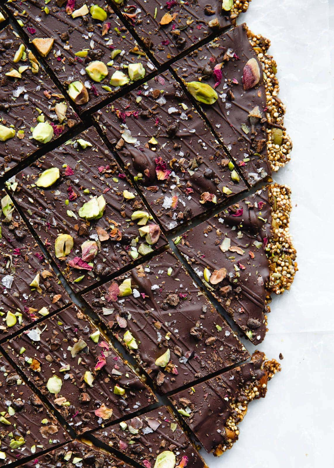 A healthier alternative to a chocolate bar, this Quinoa Chocolate Bark is filled with nuts and seeds to keep you full all afternoon!