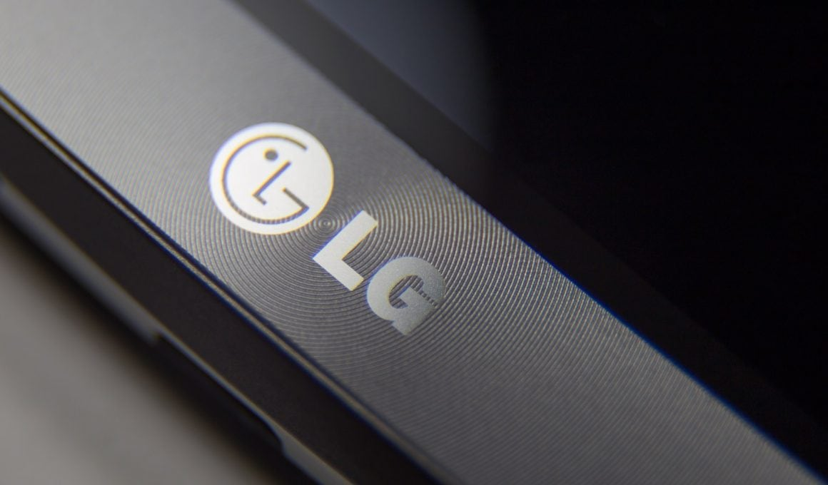 Leaked Image Of LG G5 Shows The Device Will Feature Dual Rear Camera 4