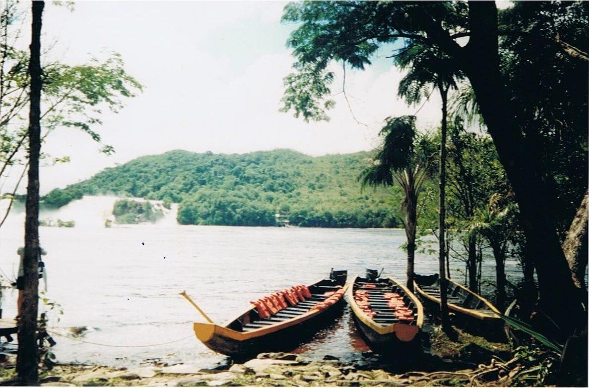 Laguna-Canaima-Venezuela