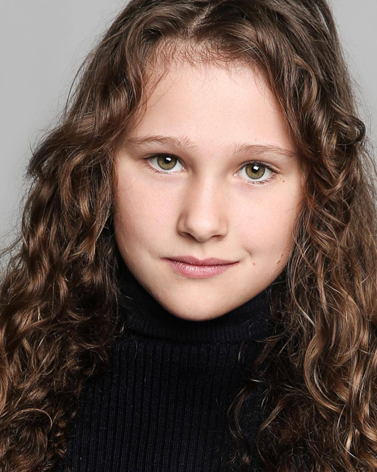 headshot of a young actress in manchester