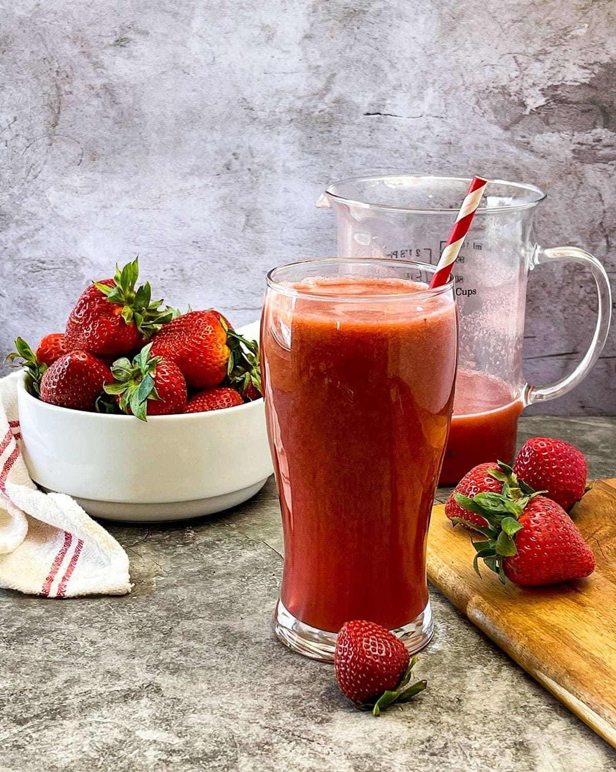 strawberry acai lemonade photo