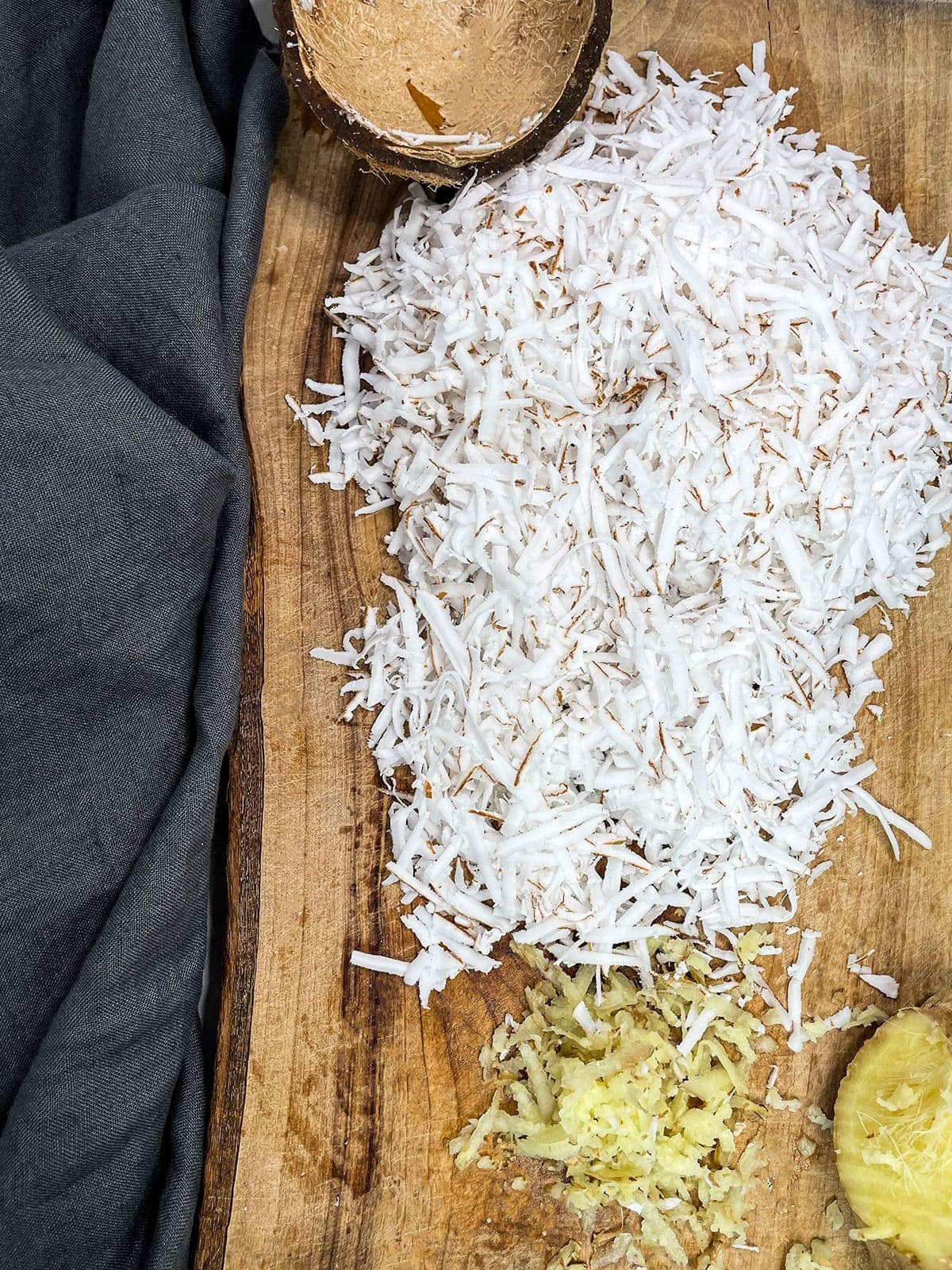 Grated coconut and ginger