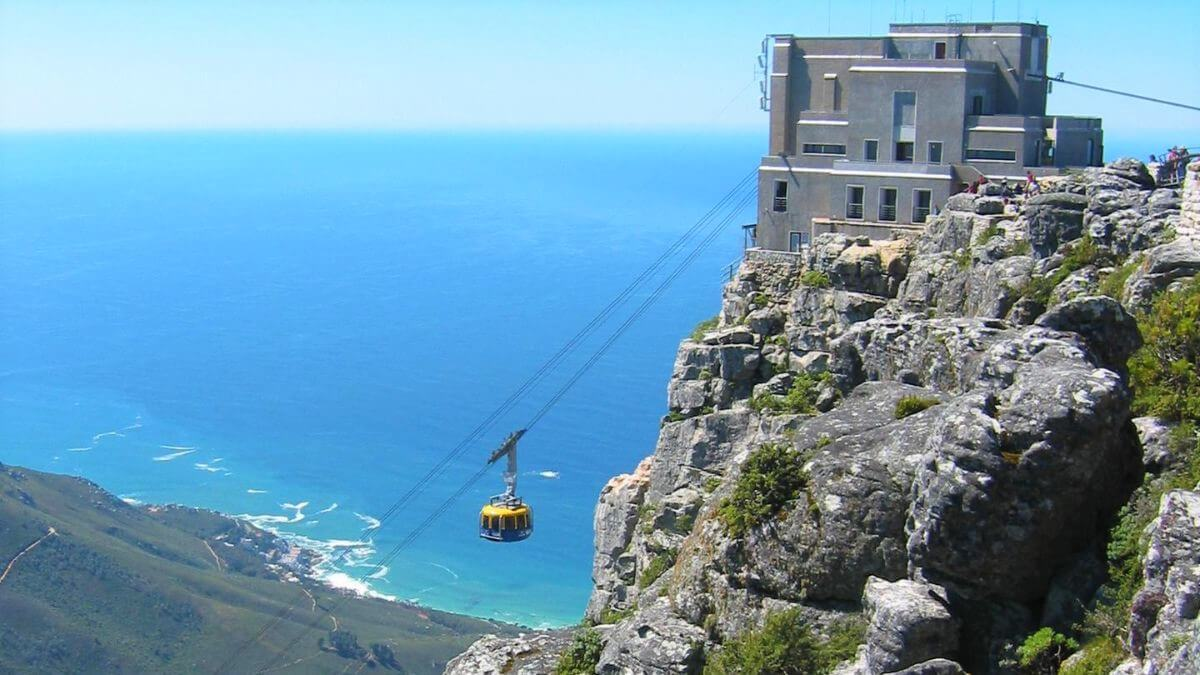 sea-unique-cable-car-experience