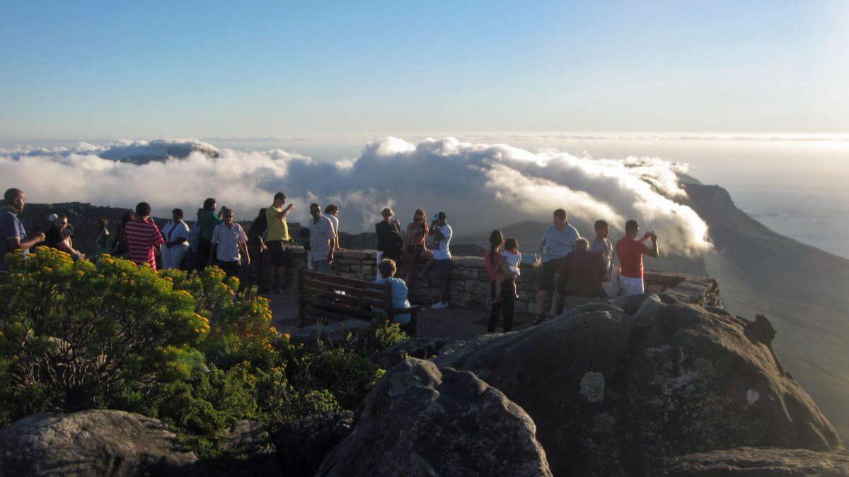 summit-high-clear-table-mountain-top