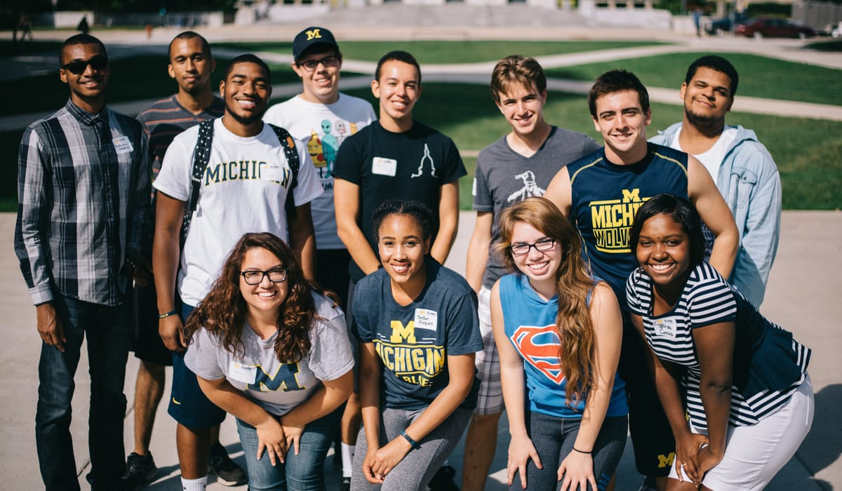 Group shot of LEAD Scholars on Ingalls Mall at the University of Michigan
