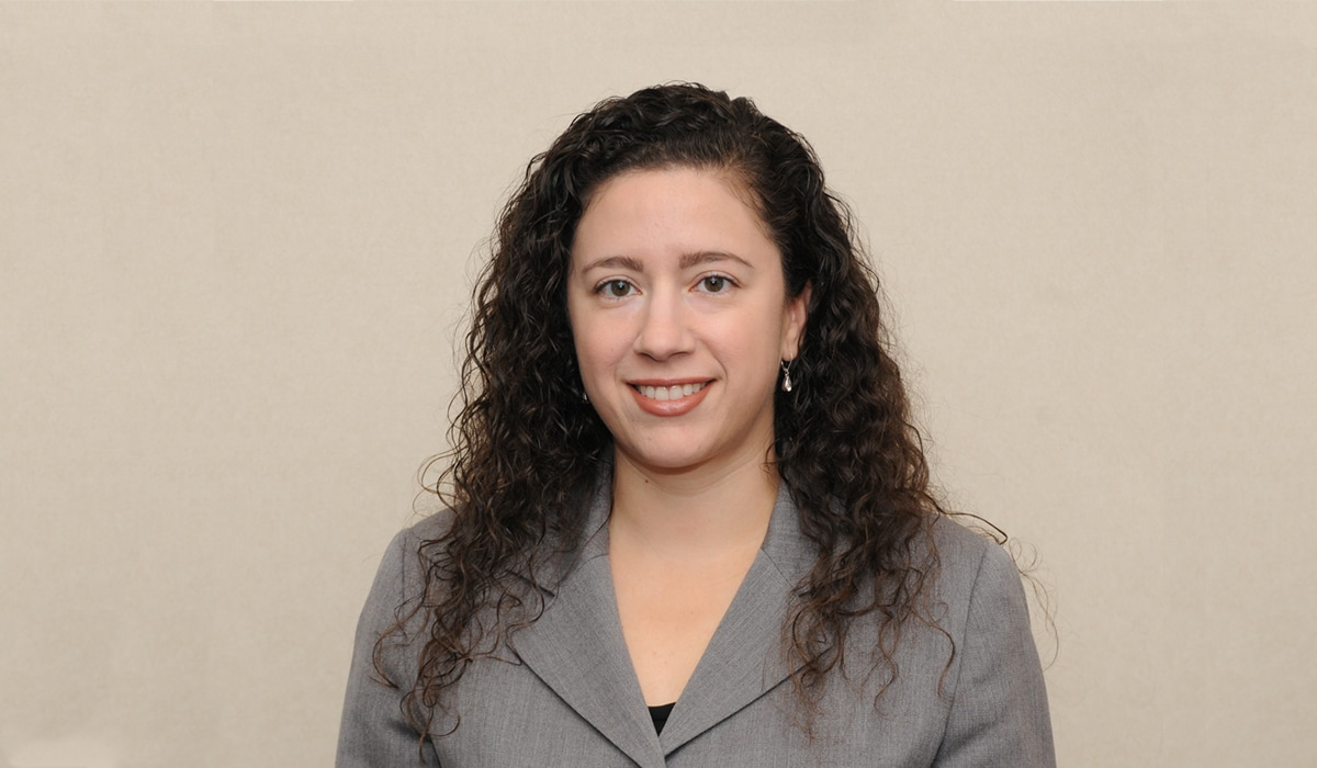 Veronica Sanchez Peavey, AB'99 MPA'11