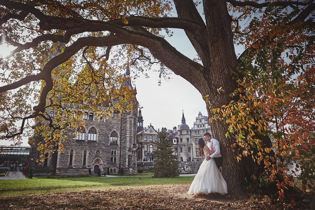 Plener ślubny na zamku w Mosznej 22
