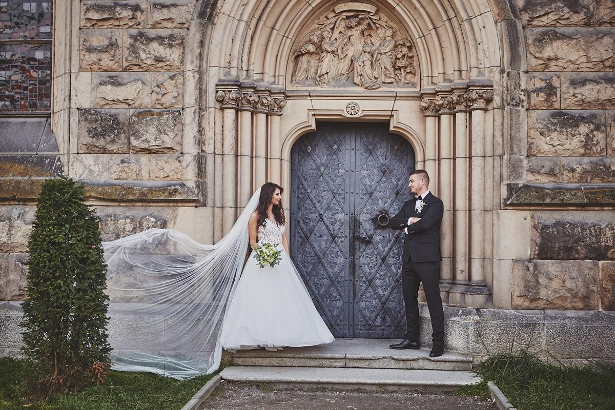 Plener ślubny na zamku w Mosznej 8