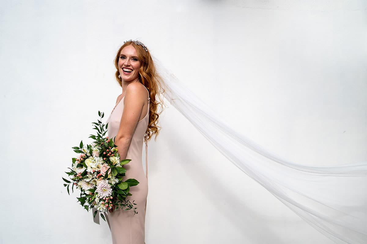 Bride And Bouquet Style Shoot At The Riverside Plaza Hotel, Canary Wharf.