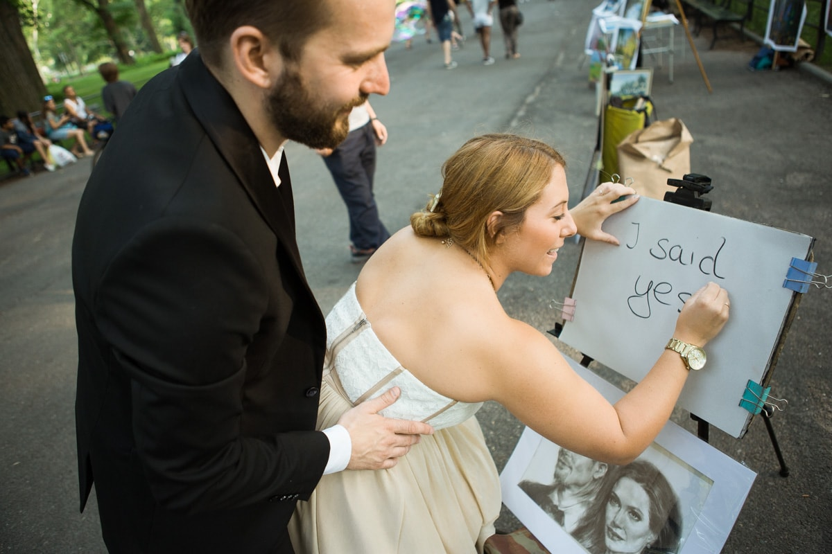 [ Gapstow Bridge marriage proposal in Central Park]– photo[4]