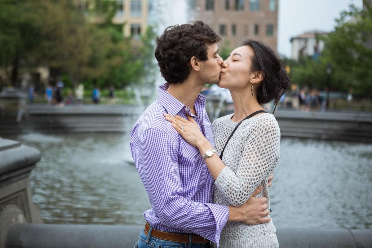 Photo 25 Proposal in Washington Square Park. | VladLeto