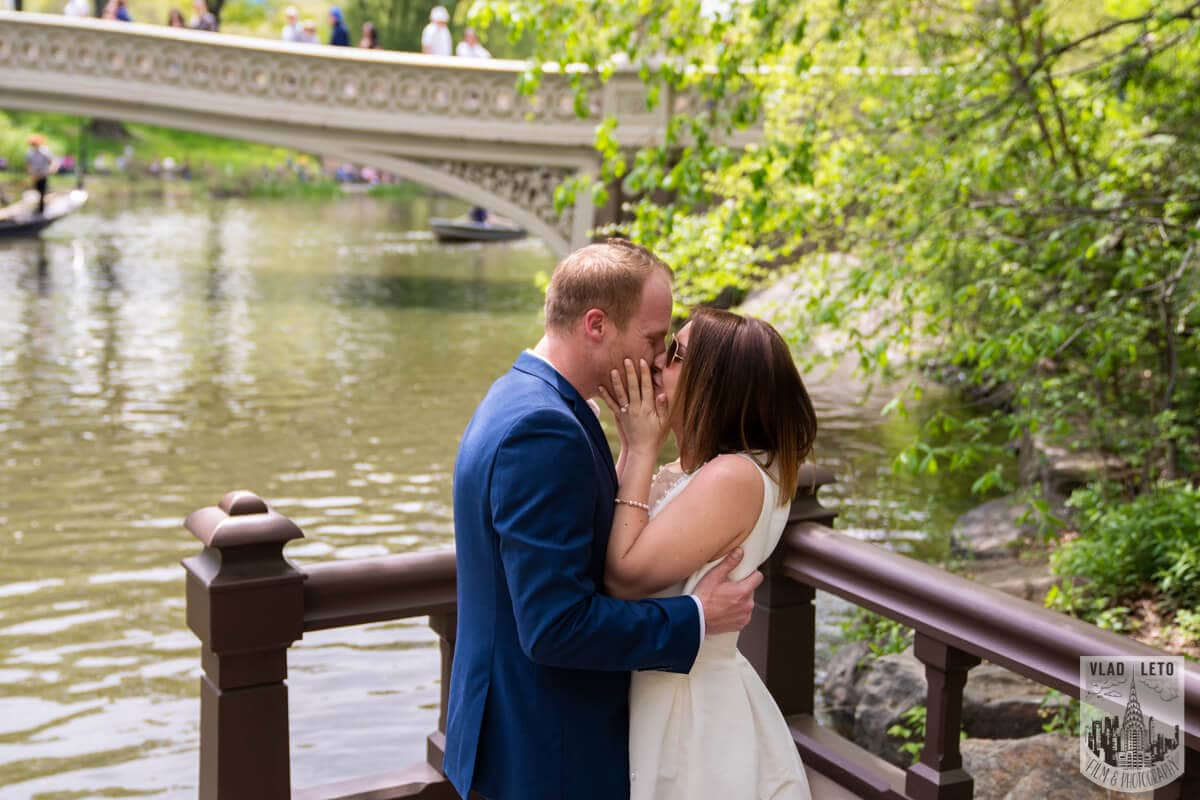 Photo 3 Proposal in front of Bow bridge in Central Park. | VladLeto