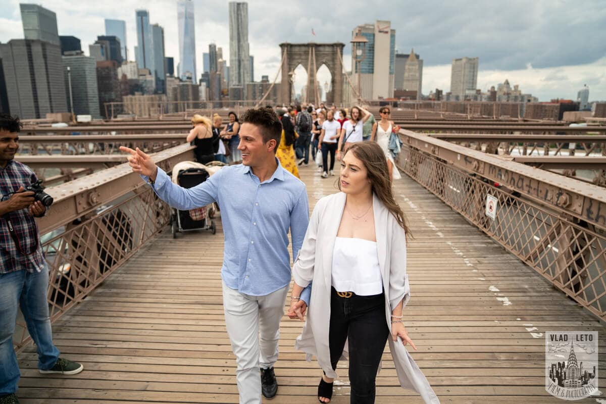 Photo 9 Brooklyn Bridge Engagement Photos | VladLeto