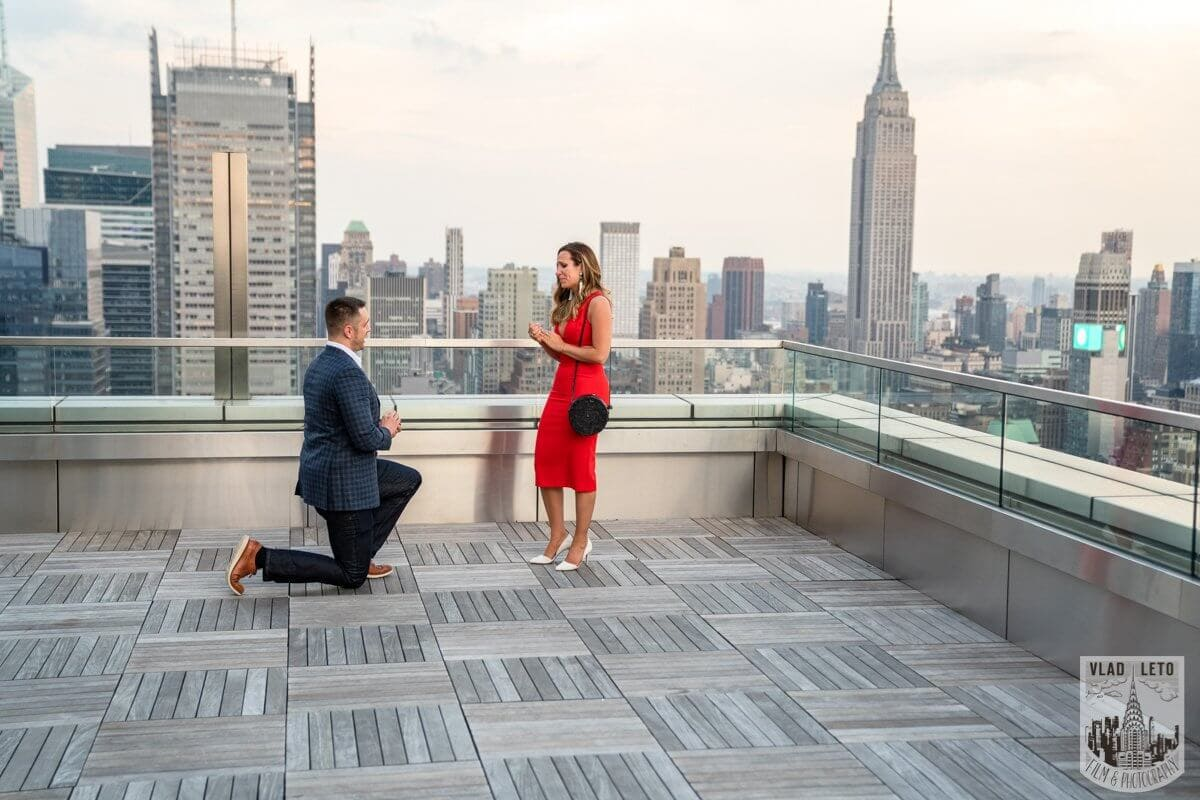 Photo Empire State Building view Rooftop proposal | VladLeto