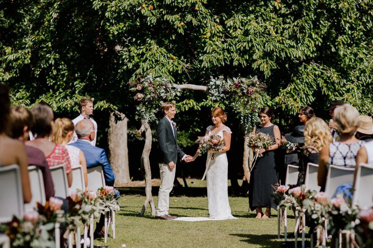 Ellen-Ash-Lillyvale-Wedding-Photographer_0020
