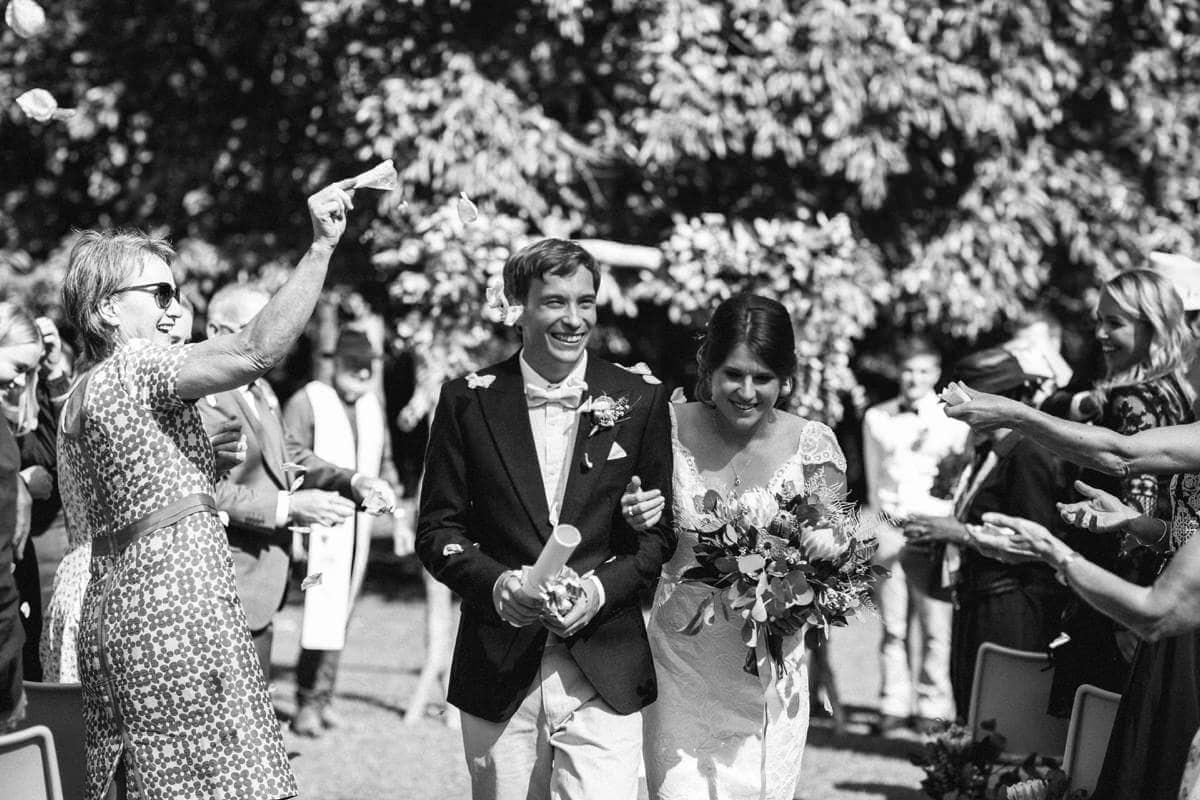 Ellen-Ash-Lillyvale-Wedding-Photographer_0027
