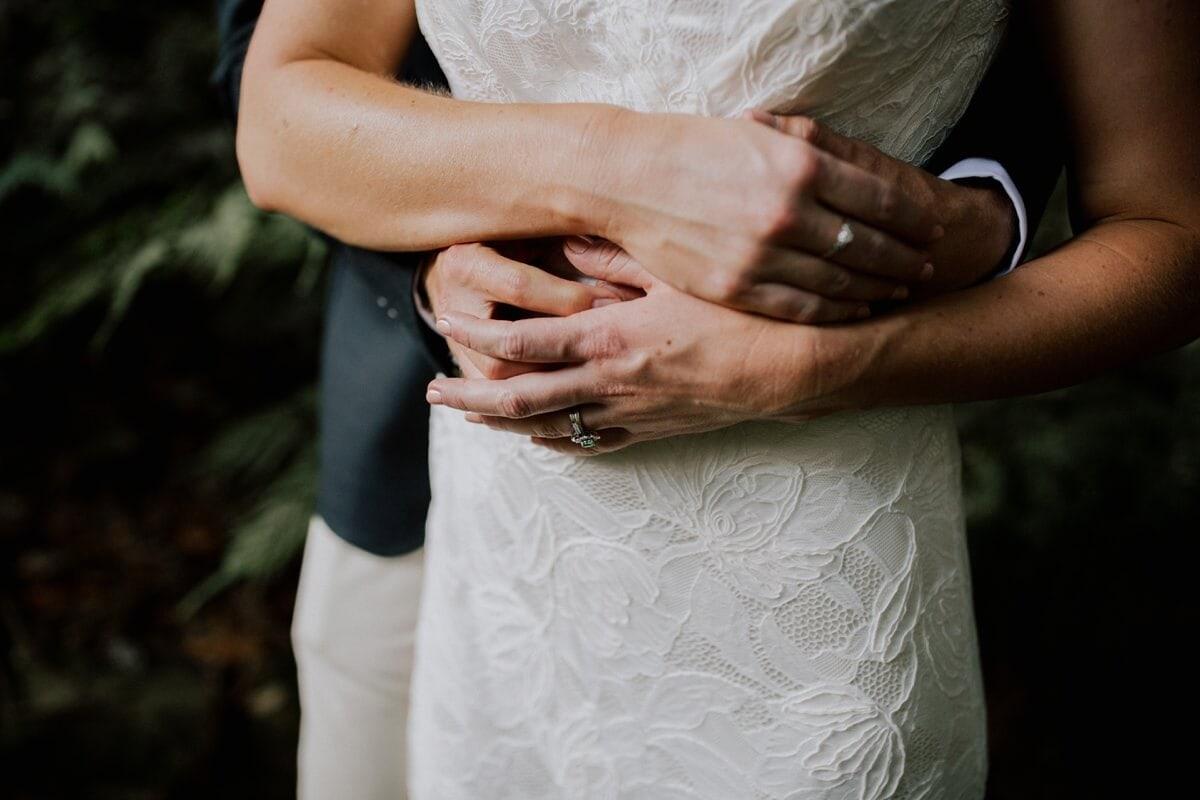 Ellen-Ash-Lillyvale-Wedding-Photographer_0045