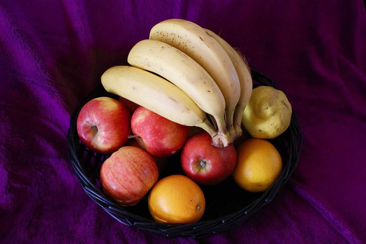 apples oranges banana