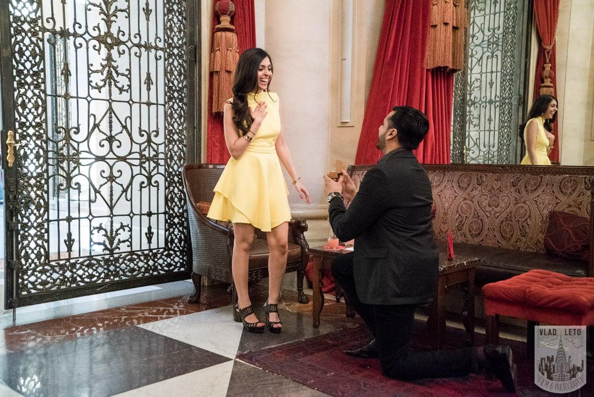 Photo 3 Surprise Proposal at Knave restraint in Midtown, Manhattan. | VladLeto