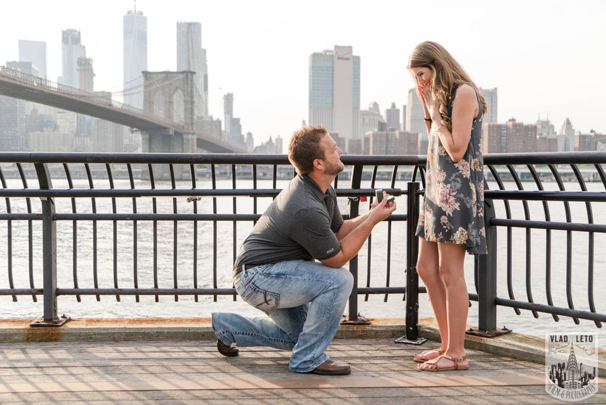 Photo 3 Brooklyn Bridge proposal and Engagement shooting in Central Park. | VladLeto