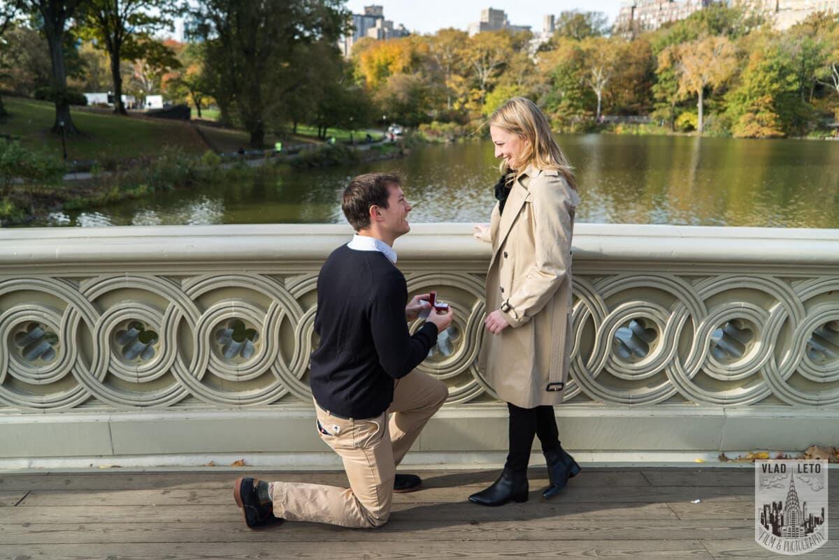 Bowbridge Surprise proposal, photographer Vlad Leto