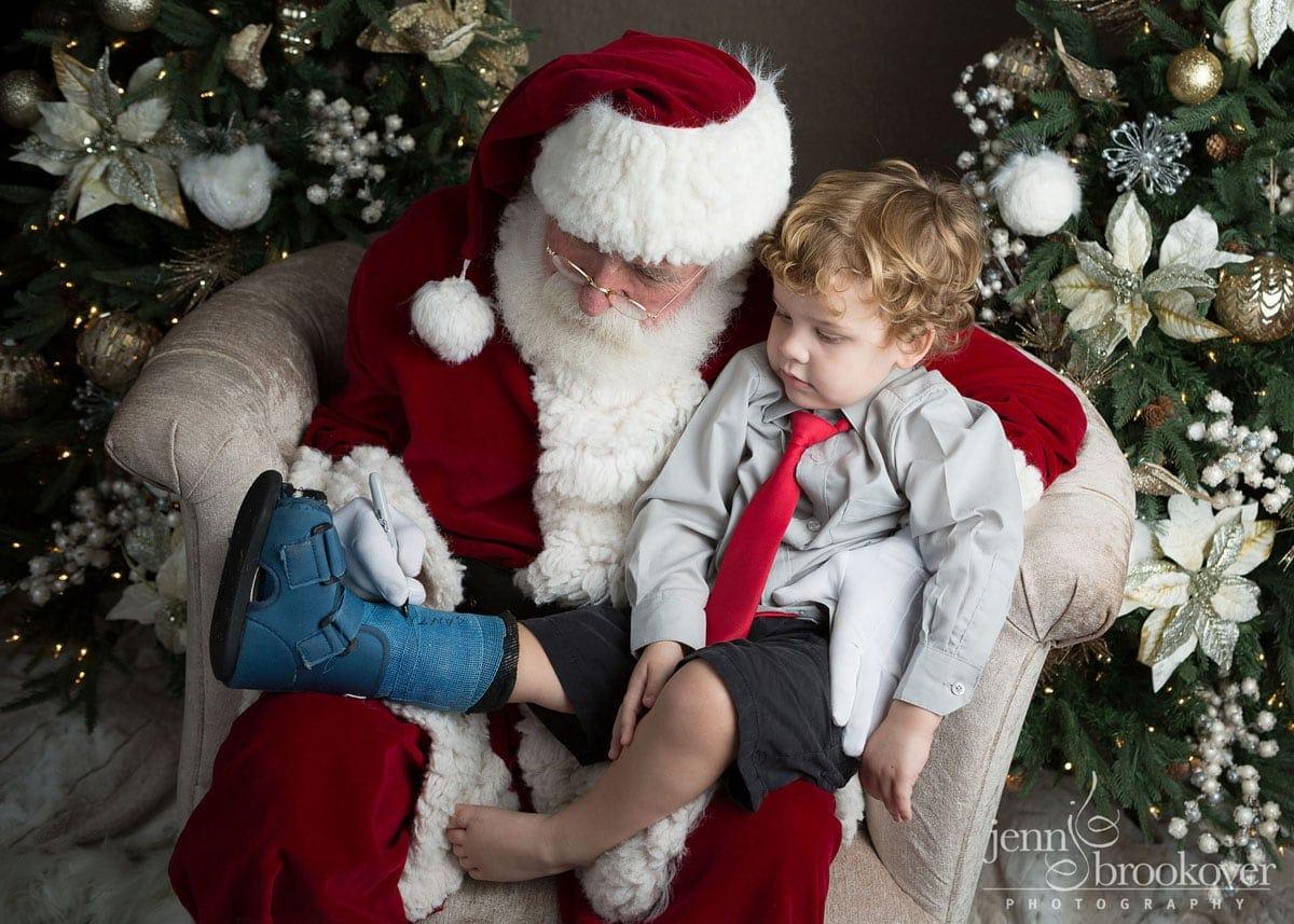 Santa session in San Antonio, Texas by Jenn Brookover at Nursery Couture
