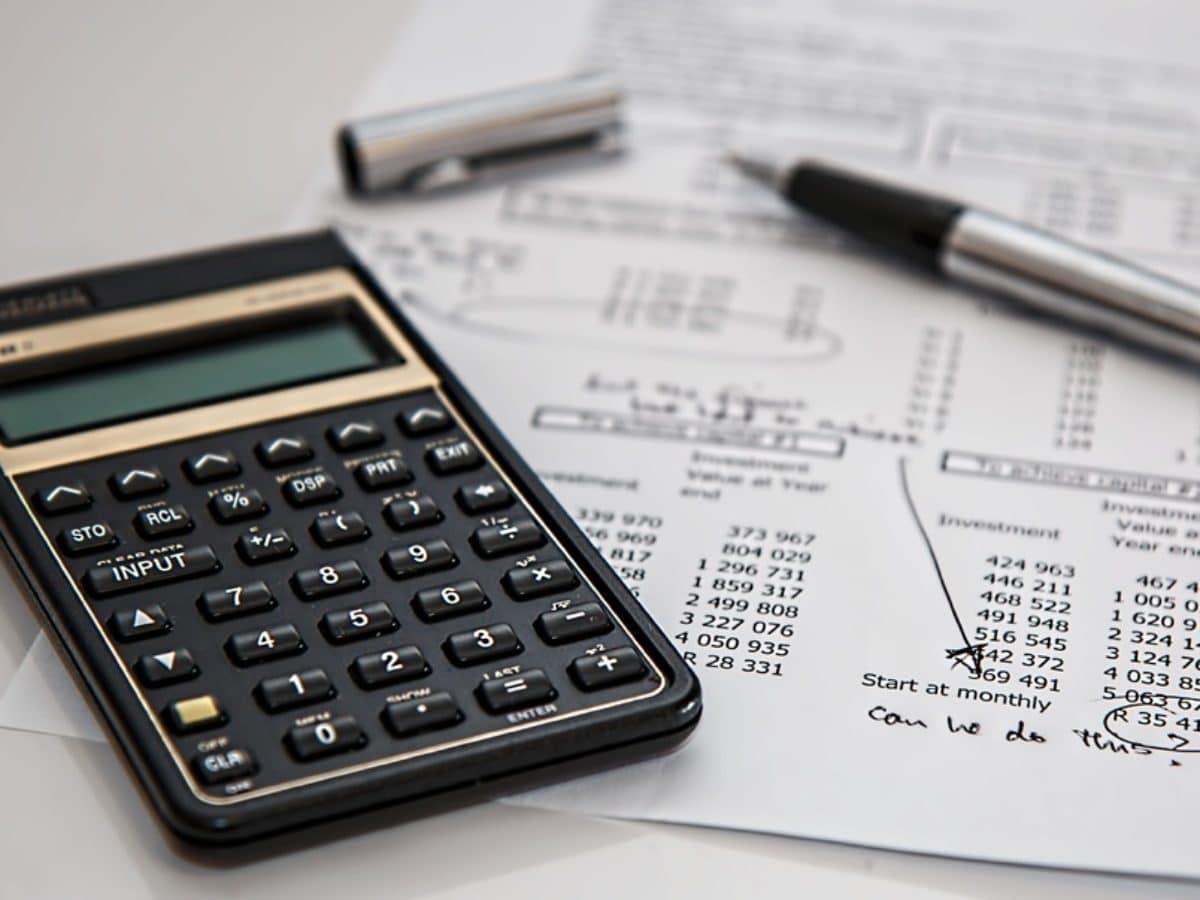 job desk accounting staff