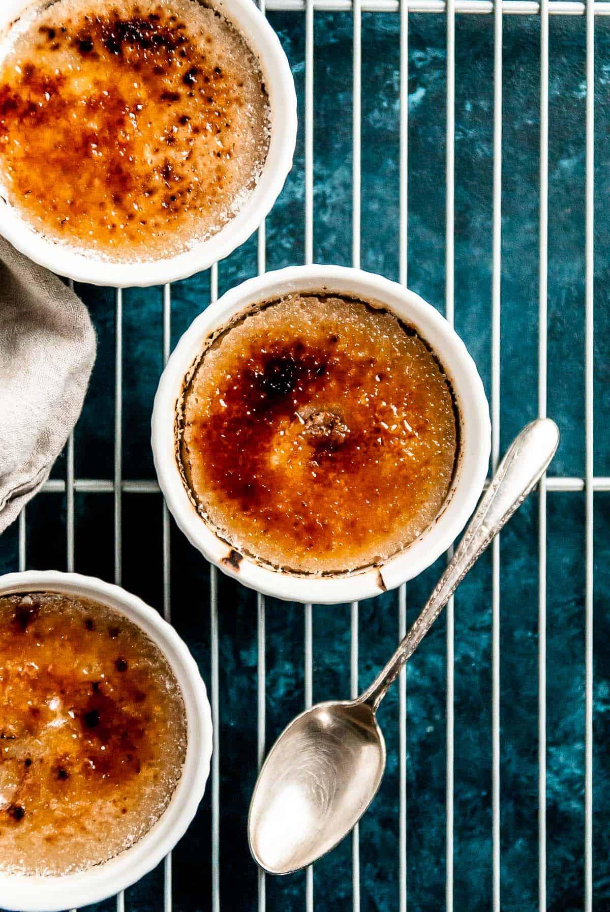 gingerbread vanilla vegan creme brulee