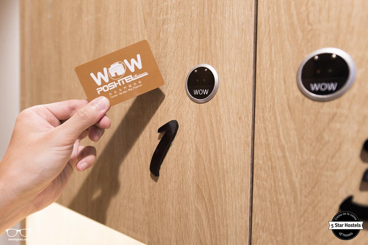 Secure lockers with the WOW Card
