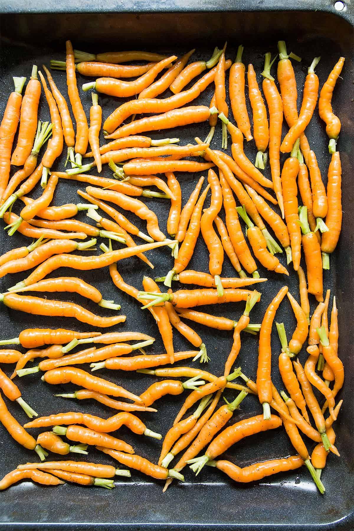 Baby Carrots in Roasting Pan