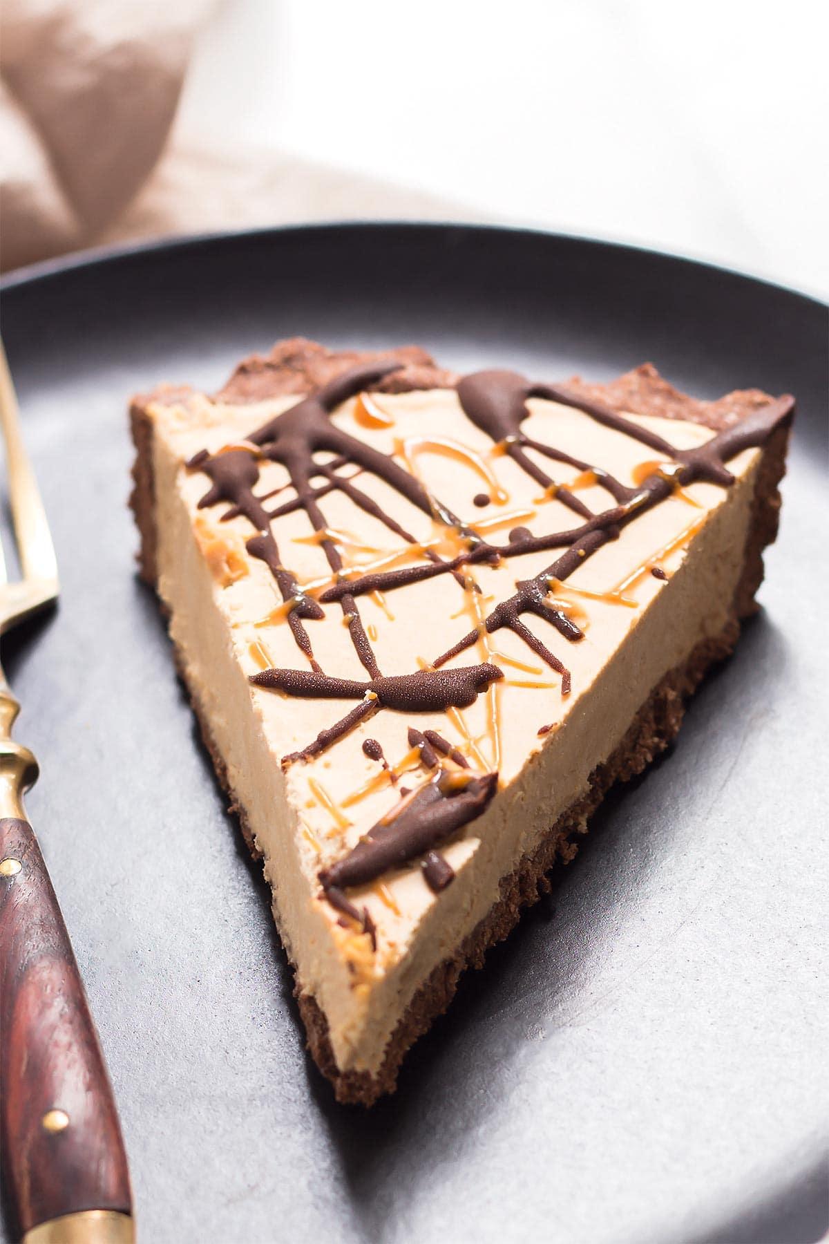 Peanut Butter Pie in Chocolate Crust