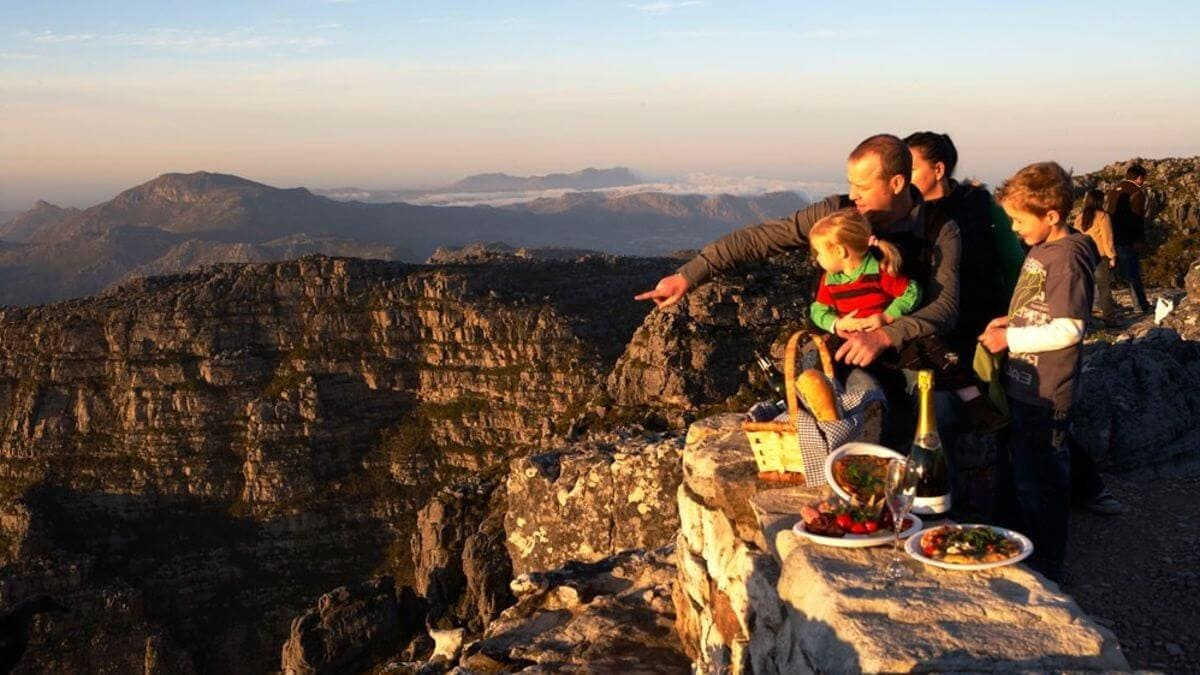 canyon-view-table-mountain-family-sunset