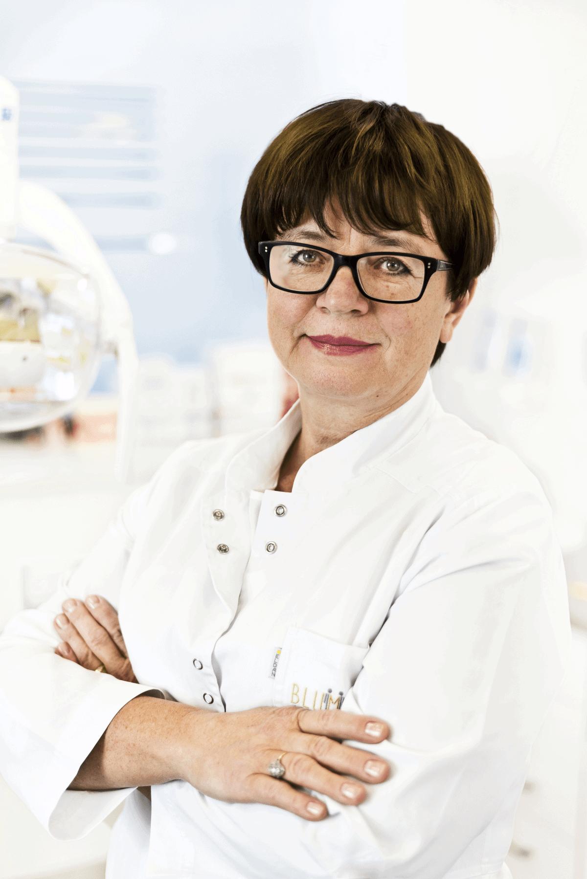 dr Anna Blumska stomatolog