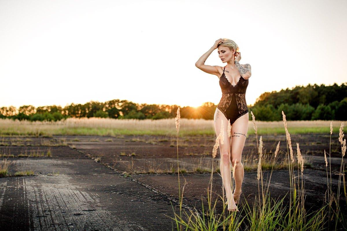 outdoor shooting, nika liebt das licht, berlin, leipzig, dresden, fotograf, portrait, sinnlich, provokant, people, sexy, workshop