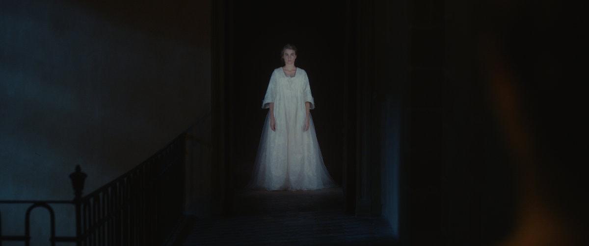 Le fantôme d'Héloïse (Adèle Haenel) dans Portrait de la jeune fille en feu