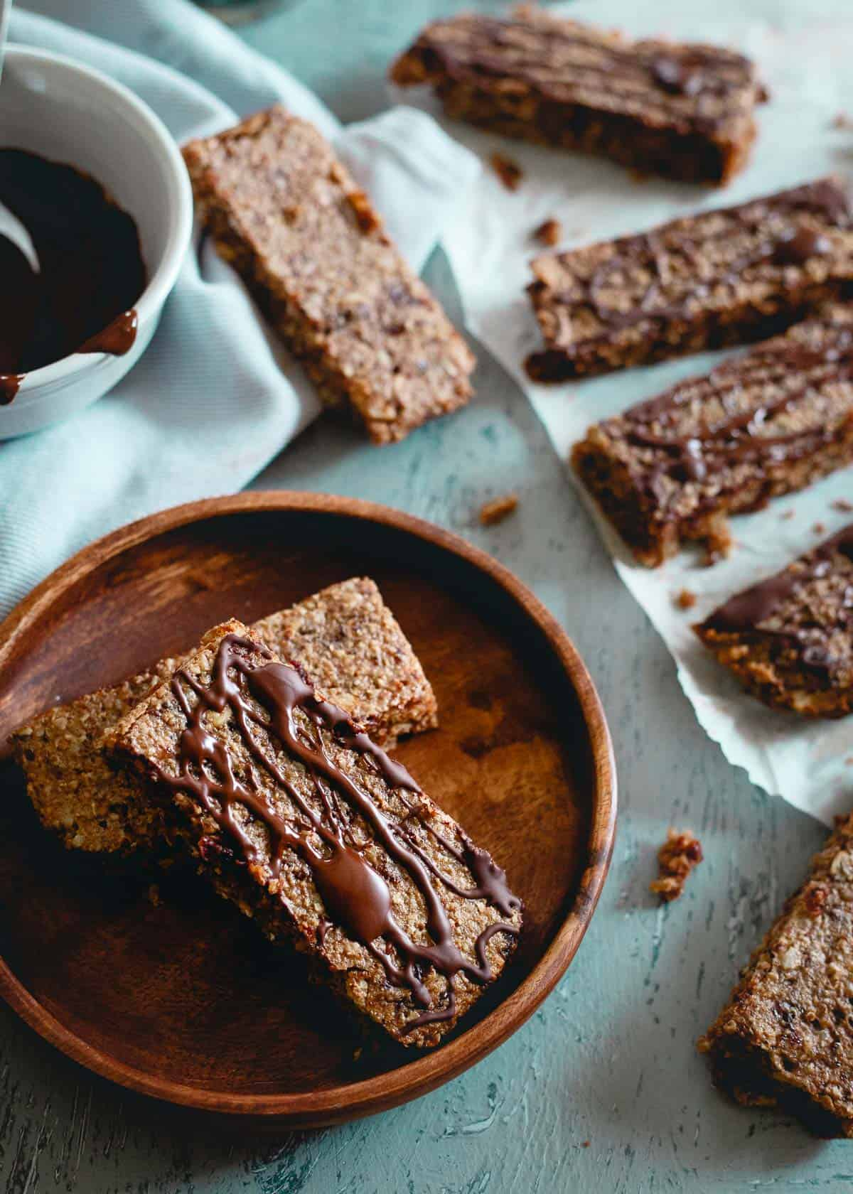 With tart cherries, dates, oats and heart healthy nuts, these chewy granola bars are snacking perfection!