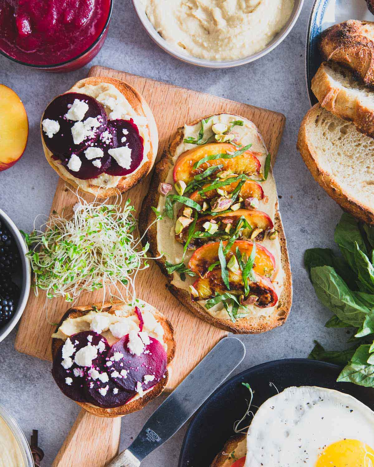 Pair this healthy beet smoothie with beet feta hummus toast mini bagels for an easy breakfast or brunch idea.