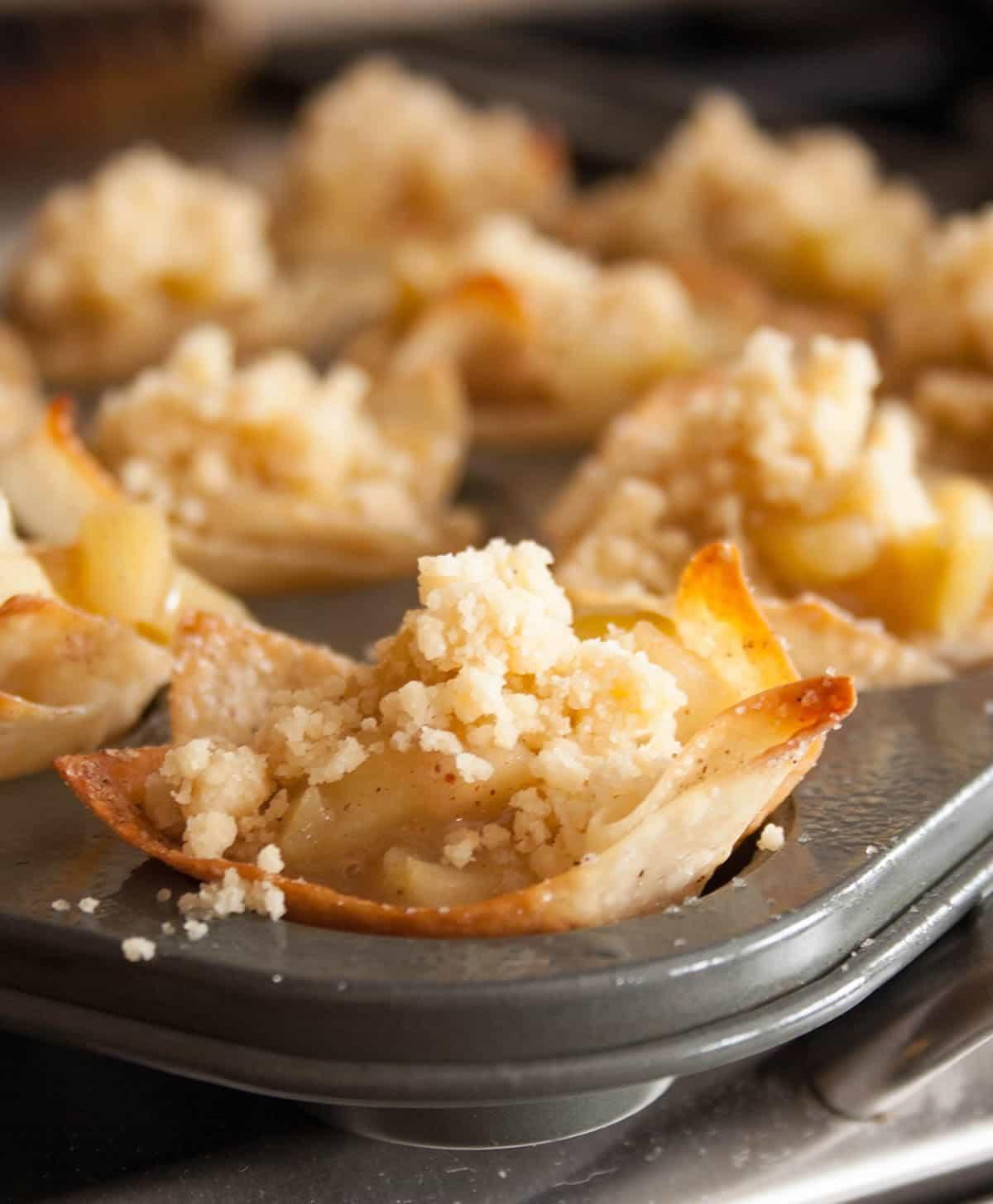 skinny-apple-pie-wontons-04