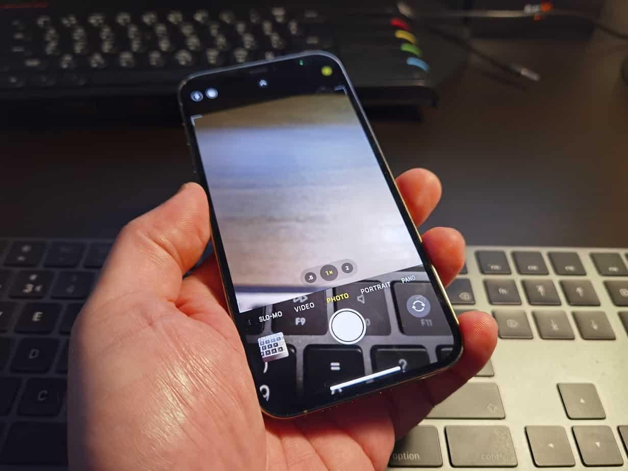 iPhone 12 defeito