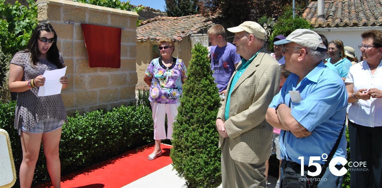 Marcos Ana en el centro durante el homenaje que se le rindió en San Vicente