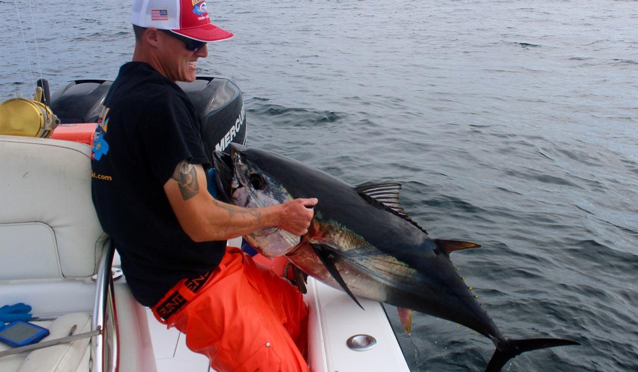 Captain Ian Wall bluefin tuna fishing