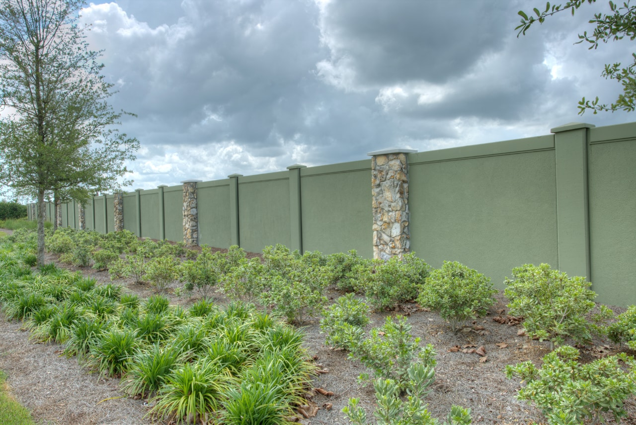 Permacast estimates the cost of a concrete fence - Precast concrete fencing