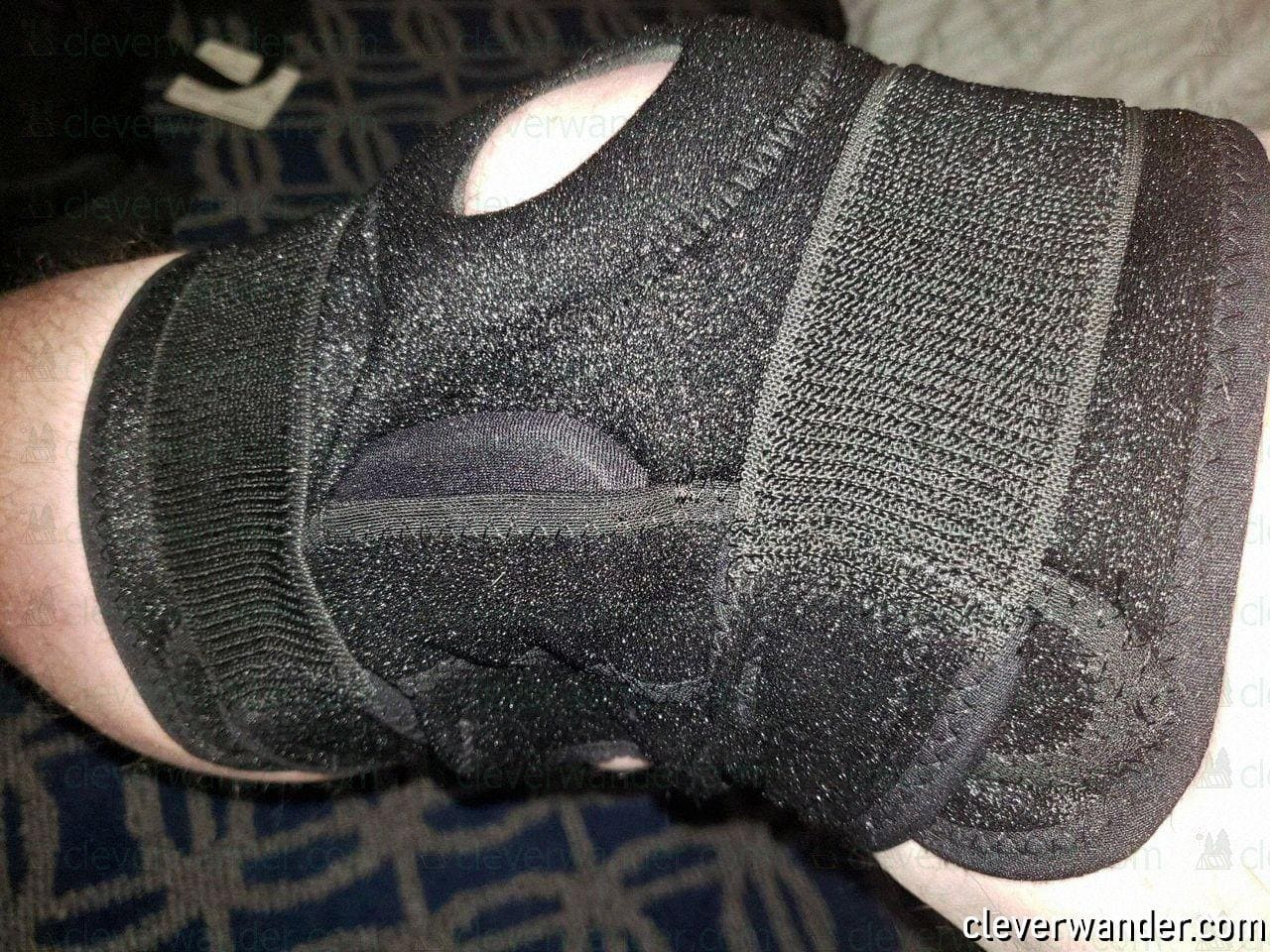 Vive Hinged Knee Brace - image review 2