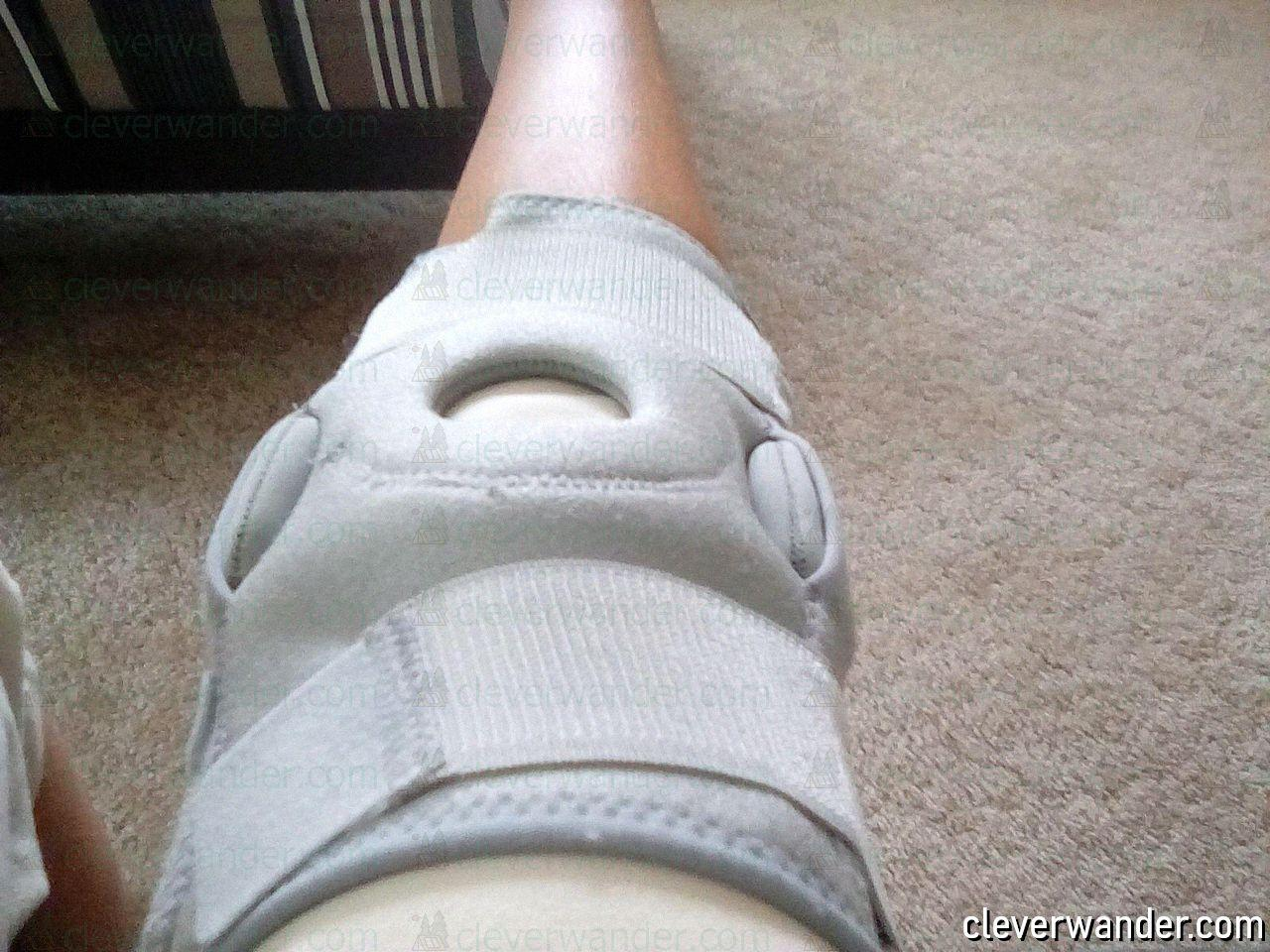 Vive Hinged Knee Brace - image review 3