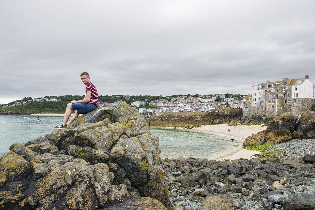 Bartek na plaży w St Ives