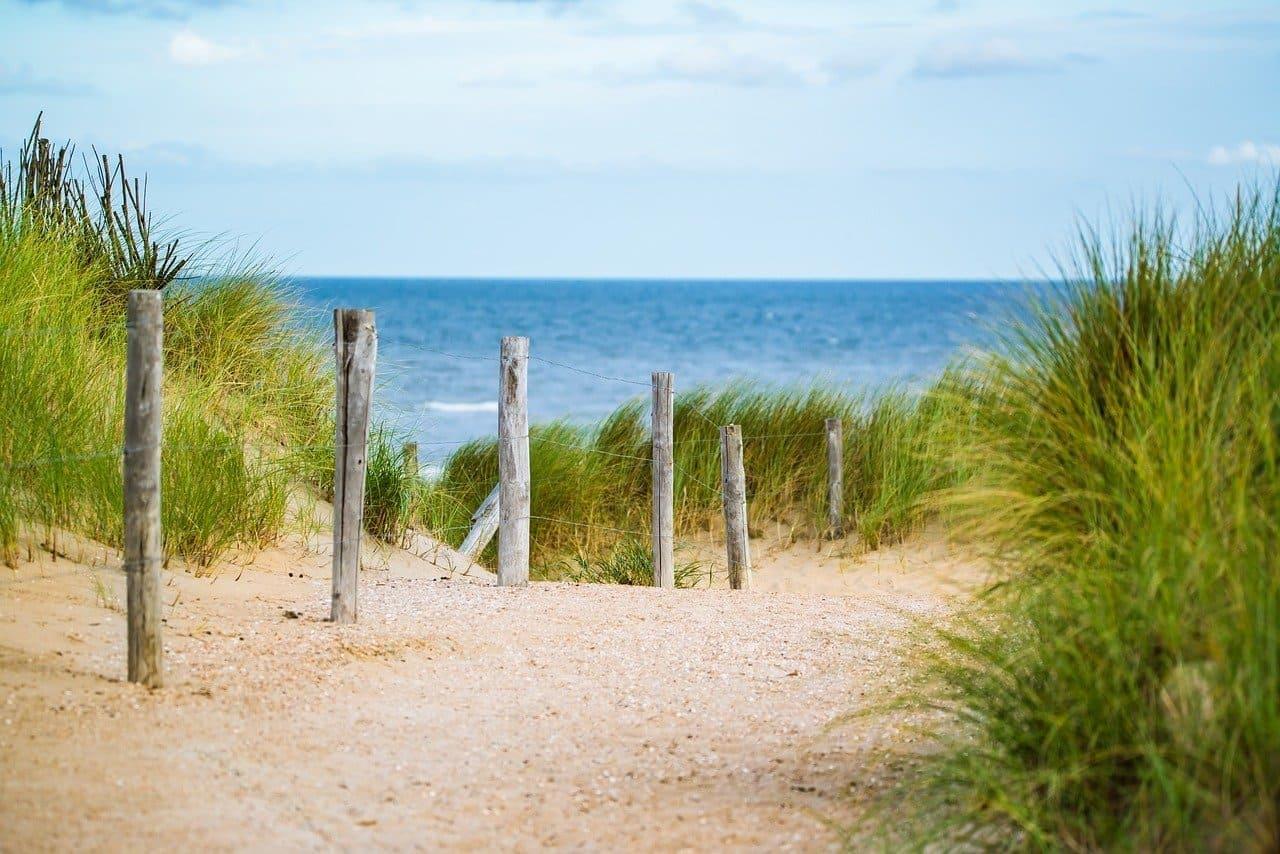 Dünenweg an der Ostsee