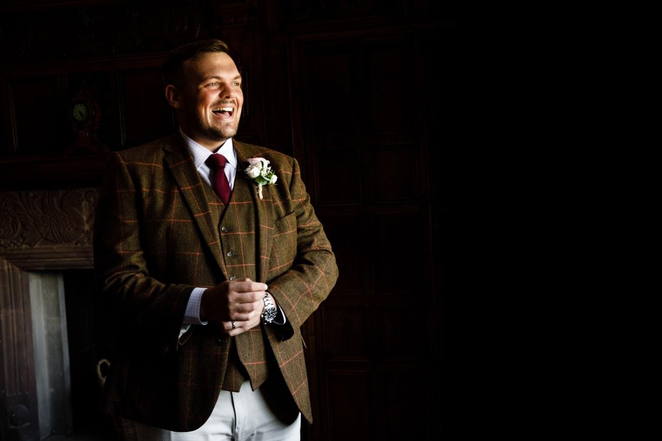 groom getting ready inglewood manor